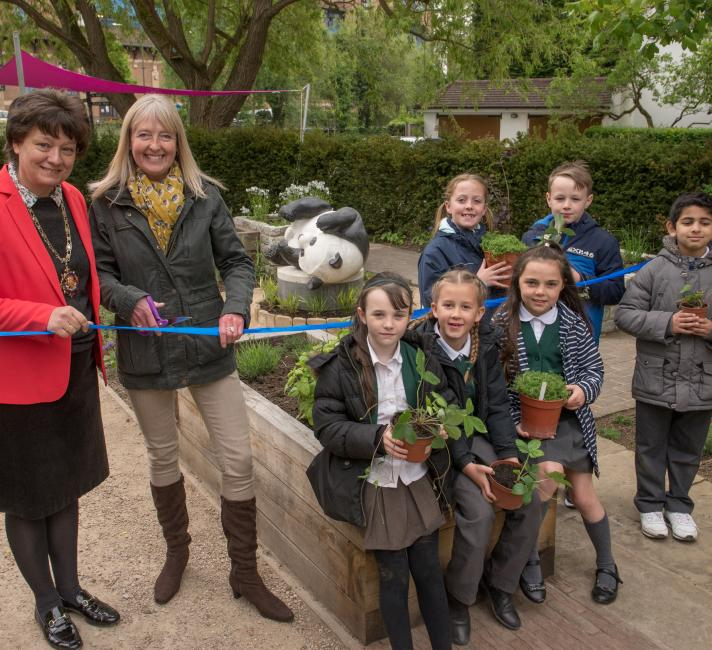 Wicor Primary School children at the launch of the WWF Wildlife Garden
