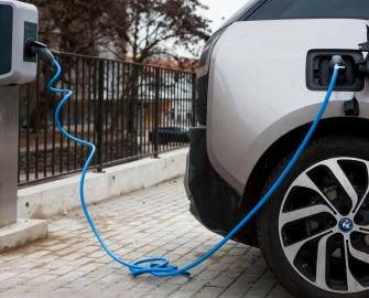 How do I charge my electric car with renewable energy?